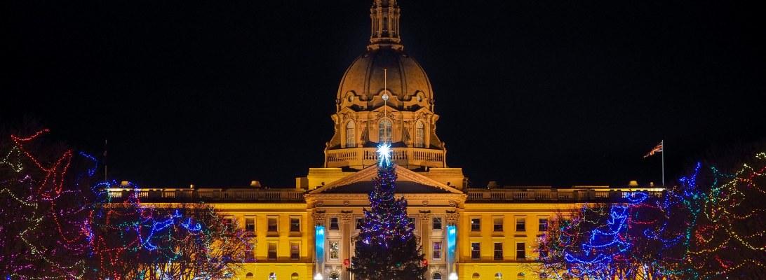 edmonton, lookbook, alberta legislature, christmas