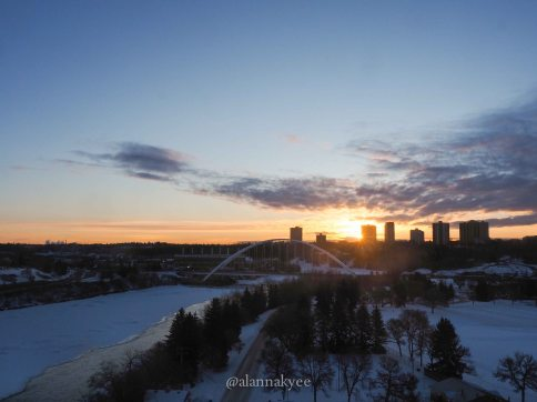 edmoton, yeg, february, winter, walterdale bridge, north saskatchewan river, sunrise