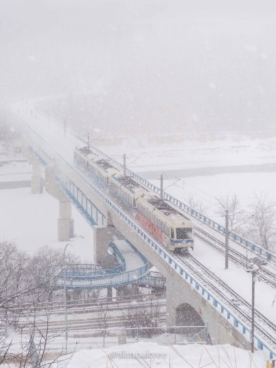 yeg, lookbook, march, snow, lrt, winter, storm, bridge